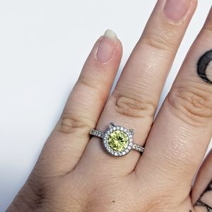 Fragrant Jewels ring size 9 kitty